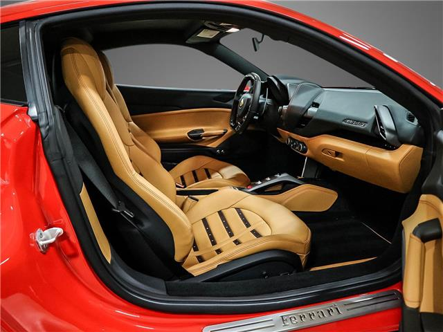2018 Ferrari 488 GTB Base (Stk: U4365) in Vaughan - Image 12 of 23