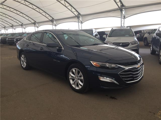 2020 Chevrolet Malibu LT (Stk: 177132) in AIRDRIE - Image 1 of 24