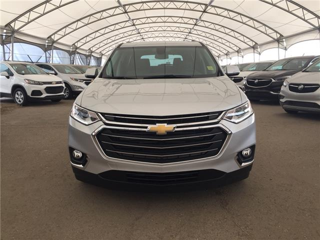 2019 Chevrolet Traverse 3LT (Stk: 176384) in AIRDRIE - Image 2 of 32