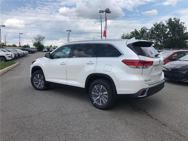 2019 Toyota Highlander XLE (Stk: 31116) in Aurora - Image 2 of 15