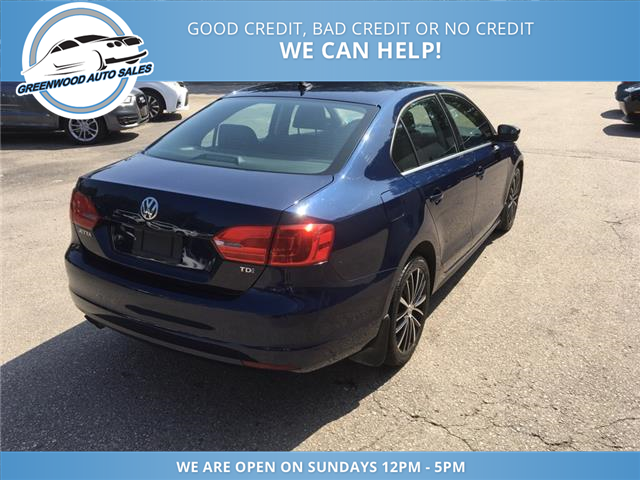 2013 Volkswagen Jetta 2.0 TDI Highline (Stk: 13-07045) in Greenwood - Image 5 of 17