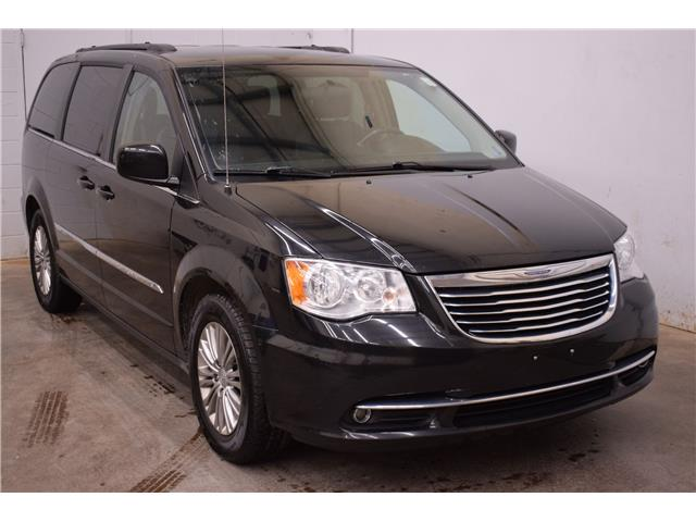 2016 Chrysler Town & Country TOURING L - LTHR * REMOTE START * HTD SEATS  (Stk: B4377) in Kingston - Image 2 of 30