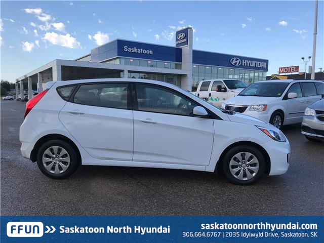 2017 Hyundai Accent GL (Stk: 38375A) in Saskatoon - Image 2 of 18