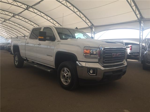 2018 GMC Sierra 2500HD SLE (Stk: 176855) in AIRDRIE - Image 1 of 18