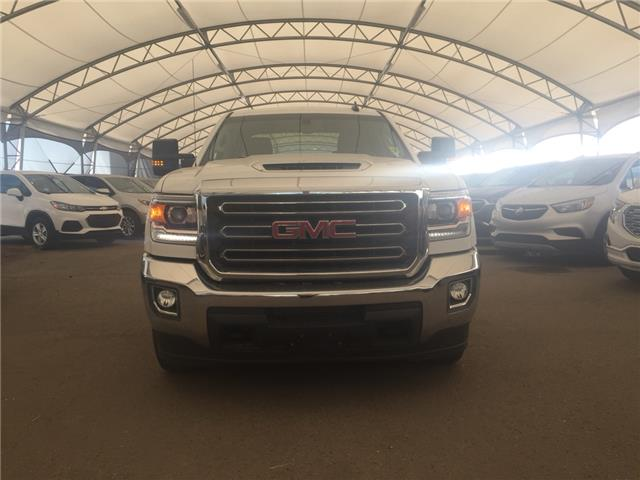 2018 GMC Sierra 2500HD SLE (Stk: 176855) in AIRDRIE - Image 2 of 18