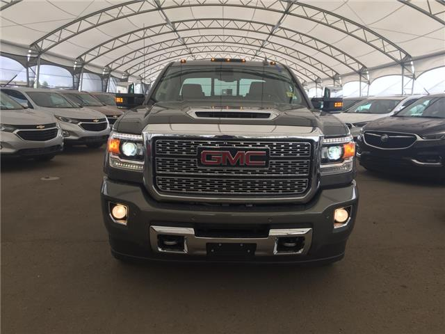 2018 GMC Sierra 2500HD Denali (Stk: 176857) in AIRDRIE - Image 2 of 27