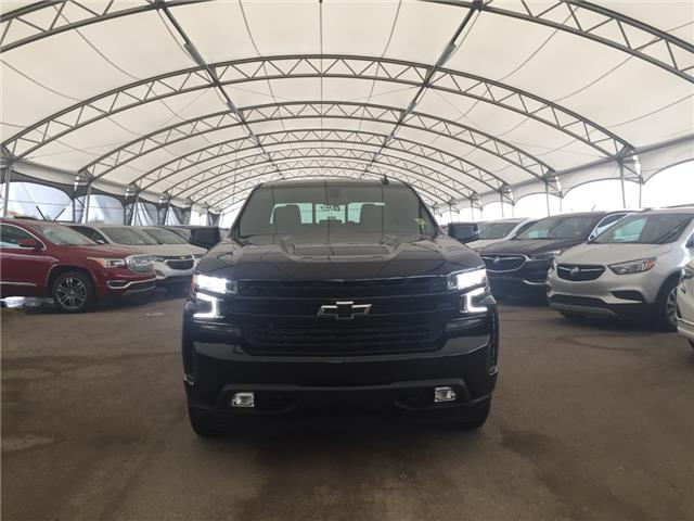 2019 Chevrolet Silverado 1500 RST (Stk: 176885) in AIRDRIE - Image 2 of 26