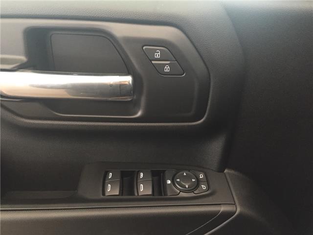 2019 Chevrolet Silverado 1500 Silverado Custom (Stk: 177210) in AIRDRIE - Image 4 of 19