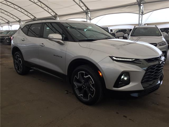 2019 Chevrolet Blazer RS (Stk: 176883) in AIRDRIE - Image 1 of 30