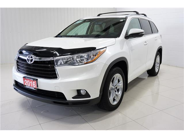 2016 Toyota Highlander Limited (Stk: P5422) in Sault Ste. Marie - Image 1 of 25