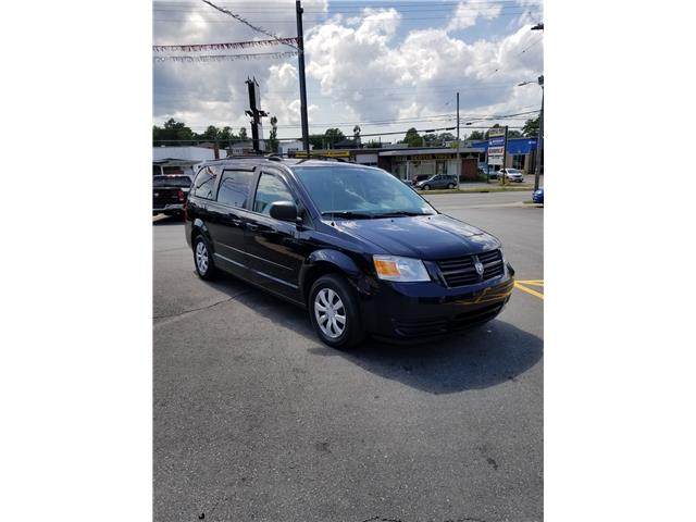 2010 Dodge Grand Caravan SE (Stk: p19-199) in Dartmouth - Image 1 of 13