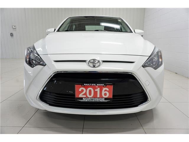 2016 Toyota Yaris Base (Stk: P5468) in Sault Ste. Marie - Image 2 of 20