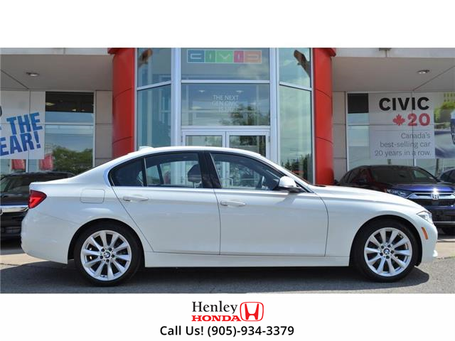 2016 BMW 3 Series 2016 BMW 3 Series - Sdn 328i xDrive (Stk: B0880) in St. Catharines - Image 2 of 26