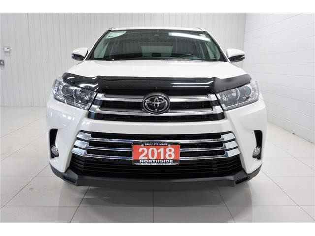 2018 Toyota Highlander XLE (Stk: P5445) in Sault Ste. Marie - Image 2 of 25
