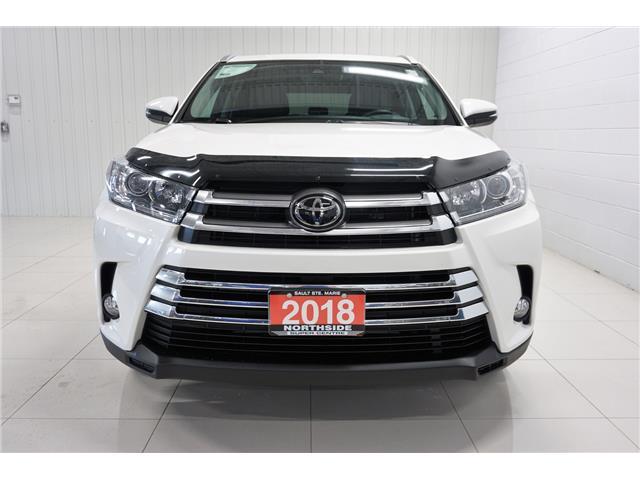 2018 Toyota Highlander XLE (Stk: P5445) in Sault Ste. Marie - Image 2 of 25