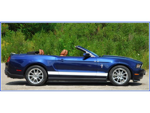 2011 Ford Mustang V6 (Stk: D95220AA) in Kitchener - Image 2 of 15