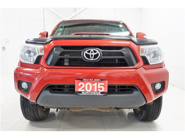 2015 Toyota Tacoma V6 (Stk: T19319A) in Sault Ste. Marie - Image 2 of 18