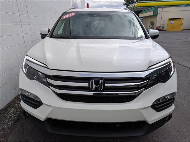 2017 Honda Pilot EX-L RES (Stk: H07121A) in North Cranbrook - Image 2 of 17