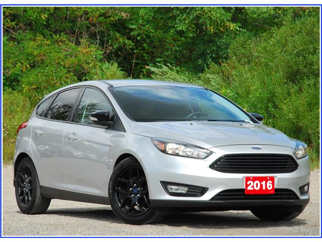 2016 Ford Focus SE (Stk: 9R7410AX) in Kitchener - Image 1 of 17