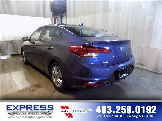 2019 Hyundai Elantra Preferred (Stk: P15-1152) in Calgary - Image 4 of 20