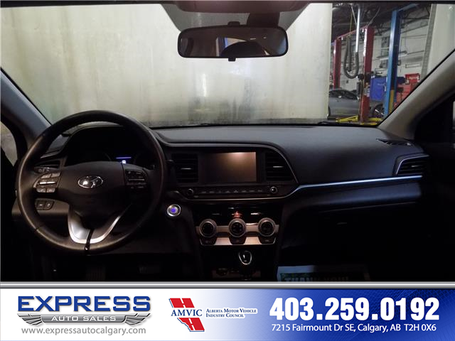 2019 Hyundai Elantra Preferred (Stk: P15-1152) in Calgary - Image 12 of 20
