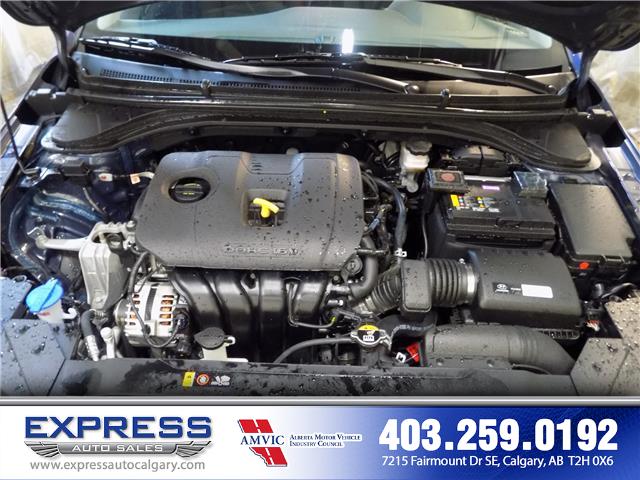 2019 Hyundai Elantra Preferred (Stk: P15-1152) in Calgary - Image 9 of 20