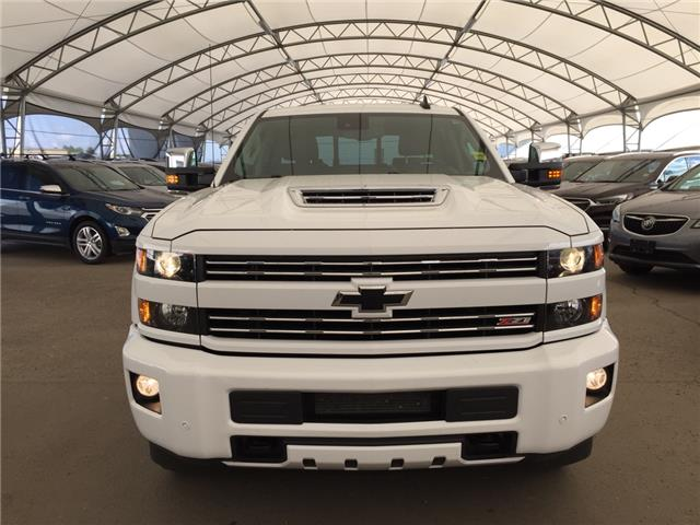 2019 Chevrolet Silverado 2500HD LTZ (Stk: 172218) in AIRDRIE - Image 2 of 21