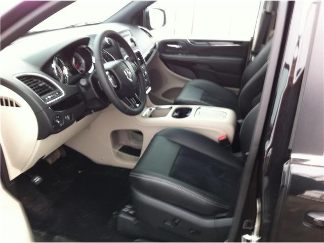 2018 Dodge Grand Caravan CVP/SXT (Stk: U180085) in Ottawa - Image 14 of 22