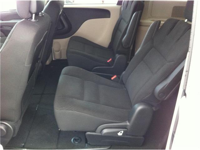 2018 Dodge Grand Caravan CVP/SXT (Stk: U180446) in Ottawa - Image 16 of 26