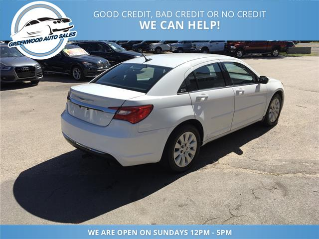 2013 Chrysler 200 LX (Stk: 13-45729) in Greenwood - Image 6 of 15