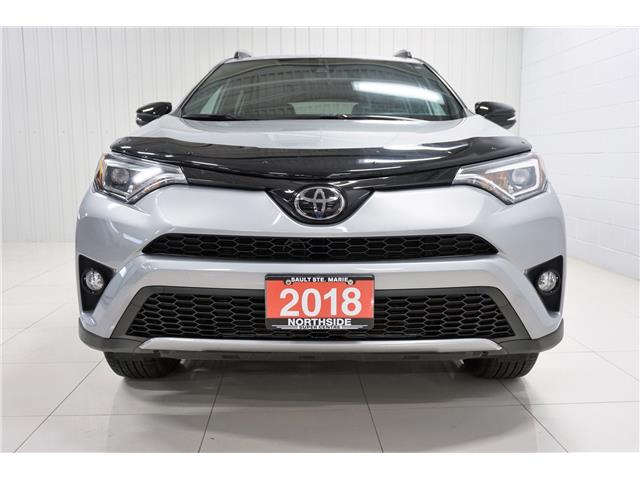 2018 Toyota RAV4 SE (Stk: H19085A) in Sault Ste. Marie - Image 2 of 22