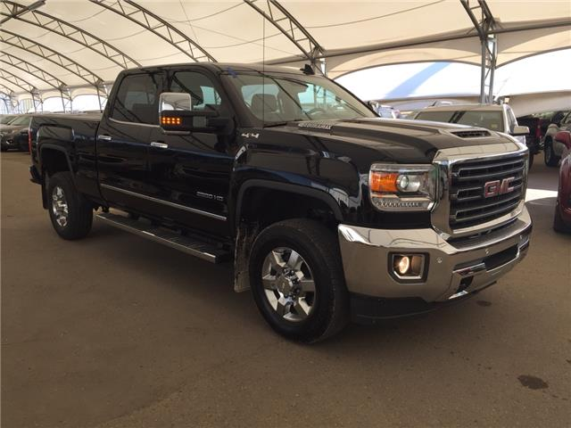 2017 GMC Sierra 2500HD SLT (Stk: 155275) in AIRDRIE - Image 1 of 31