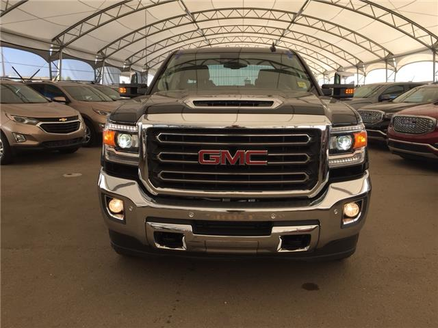 2017 GMC Sierra 2500HD SLT (Stk: 155275) in AIRDRIE - Image 2 of 31