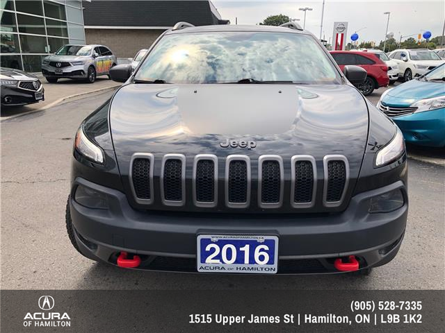 2016 Jeep Cherokee Trailhawk (Stk: 1601141) in Hamilton - Image 2 of 27