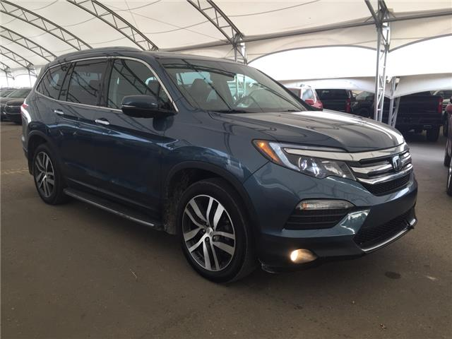 2017 Honda Pilot Touring (Stk: 178476) in AIRDRIE - Image 1 of 35