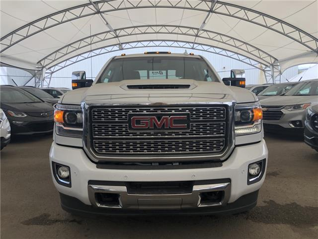 2019 GMC Sierra 2500HD Denali (Stk: 167184) in AIRDRIE - Image 2 of 32