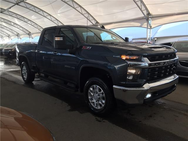 2020 Chevrolet Silverado 2500HD LT (Stk: 178747) in AIRDRIE - Image 1 of 42