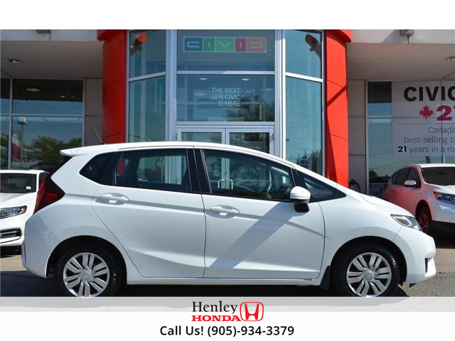 2017 Honda Fit 5dr HB CVT LX (Stk: R9579) in St. Catharines - Image 2 of 24