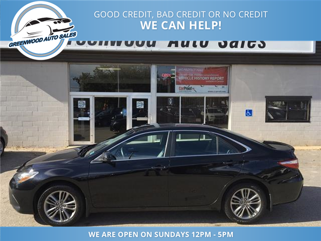 2017 Toyota Camry SE (Stk: 17-83768) in Greenwood - Image 1 of 17