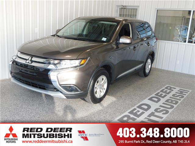 2018 Mitsubishi Outlander ES (Stk: P8447A) in Red Deer County - Image 1 of 16