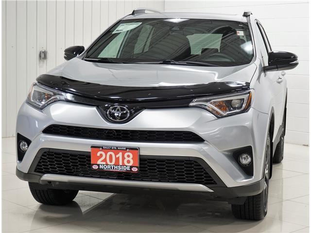 2018 Toyota RAV4 SE (Stk: T19339A) in Sault Ste. Marie - Image 1 of 22