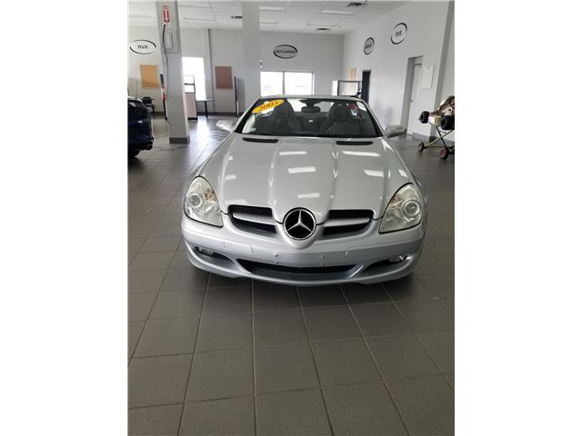 2005 Mercedes-Benz SLK350 SLK350 (Stk: p19-260) in Dartmouth - Image 2 of 8