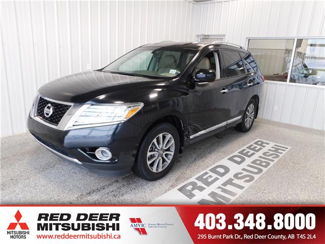 2014 Nissan Pathfinder  (Stk: T198376B) in Red Deer County - Image 1 of 17