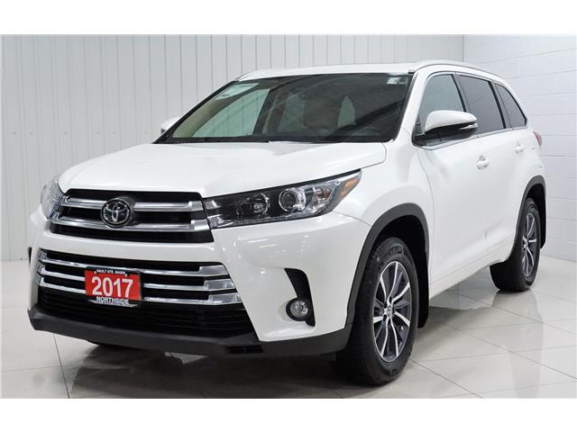 2017 Toyota Highlander XLE (Stk: P5583) in Sault Ste. Marie - Image 2 of 27