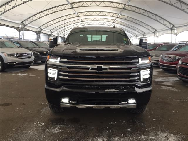 2020 Chevrolet Silverado 2500HD High Country (Stk: 178803) in AIRDRIE - Image 2 of 50