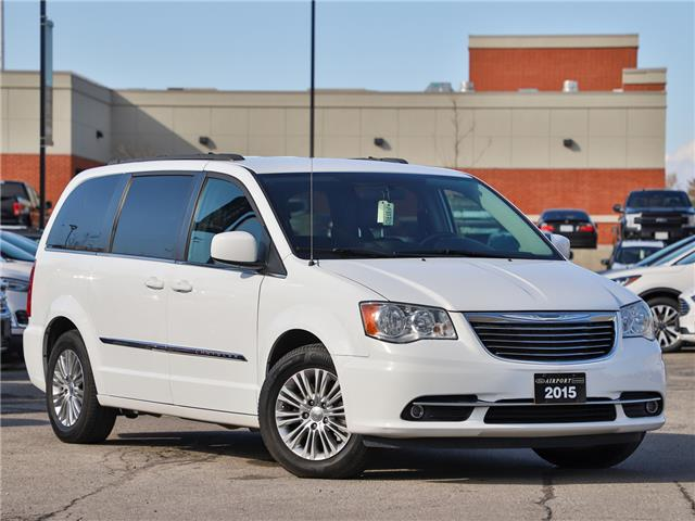 2015 Chrysler Town & Country Touring-L (Stk: A90713) in Hamilton - Image 1 of 23