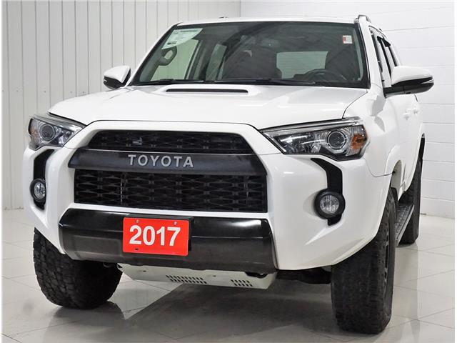 2017 Toyota 4Runner SR5 (Stk: R19066A) in Sault Ste. Marie - Image 1 of 27