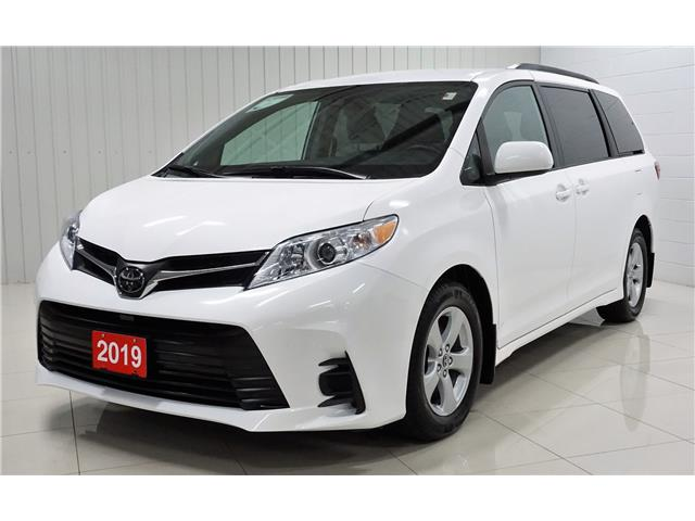 2019 Toyota Sienna LE 8-Passenger (Stk: PR032) in Sault Ste. Marie - Image 2 of 25