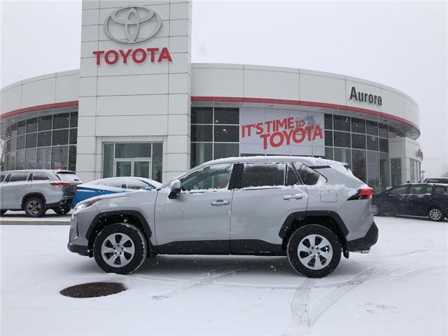 2020 Toyota RAV4 LE (Stk: 31401) in Aurora - Image 2 of 15