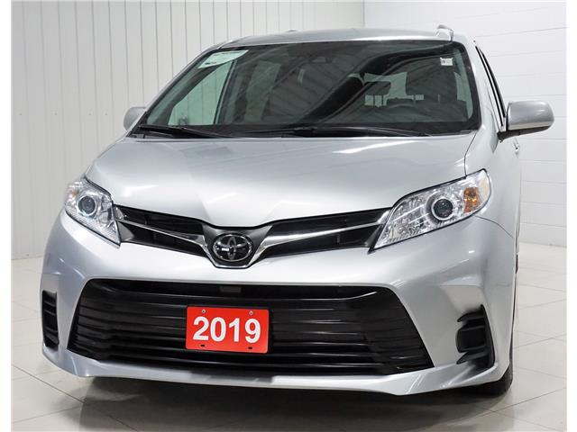 2019 Toyota Sienna LE 8-Passenger (Stk: PR030) in Sault Ste. Marie - Image 1 of 25